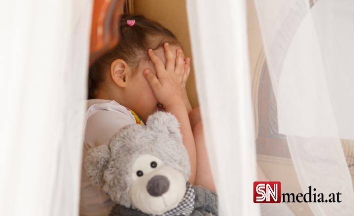 Tirol'de aile dehşeti! Baba iki kızını boğarak öldürdü