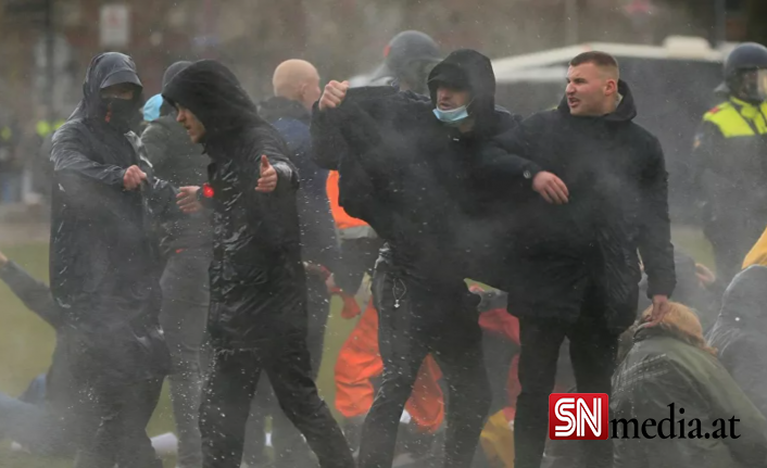 Avrupa'da bir ilk: Hollanda yargısı sokağa çıkma yasağının derhal kaldırılmasına hükmetti
