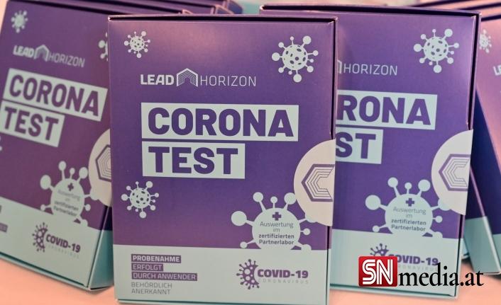 Viyana'da PCR gargara test merkezleri korumaya alındı