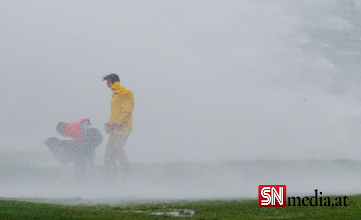 ABD'de Henri Kasırgası etkili oluyor: 140 bin haneye elektrik verilemiyor
