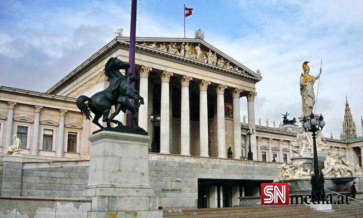 Avusturya'da çoğunluk hükümetin sorunları kontrol altında tutamadığını düşünüyor