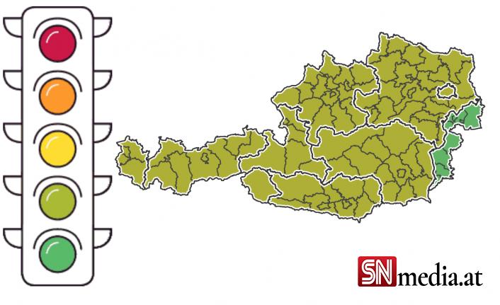 Korona trafik lambası tüm Avusturya'da sarı-yeşil yanıyor