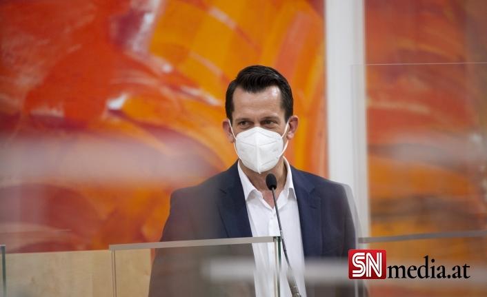 Sağlık Bakanı'ndan farklı dillerde aşı çağrısı