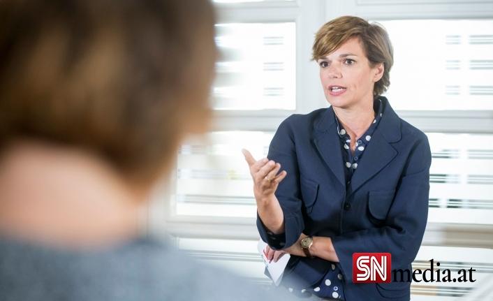 SPÖ Başkanı Rendi-Wagner aşısız kişiler için kısıtlamalara açık