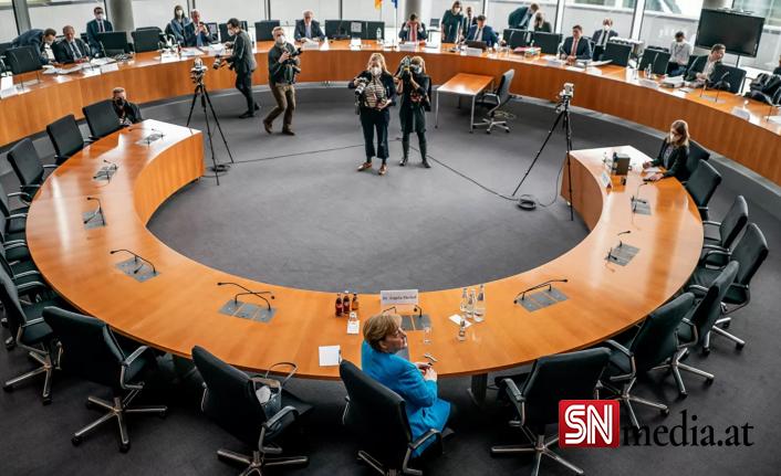 Almanya'da kara para aklamayı ört bas soruşturmasında maliye ve adalet bakanlıklarına baskın