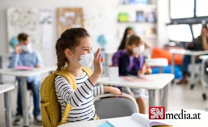 Avusturya'nın okullarında korona vakalarında patlama yaşanıyor