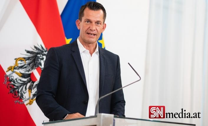 Avusturya sağlık bakanı ülkede daha fazla sıkılaştırmayı düşünüyor