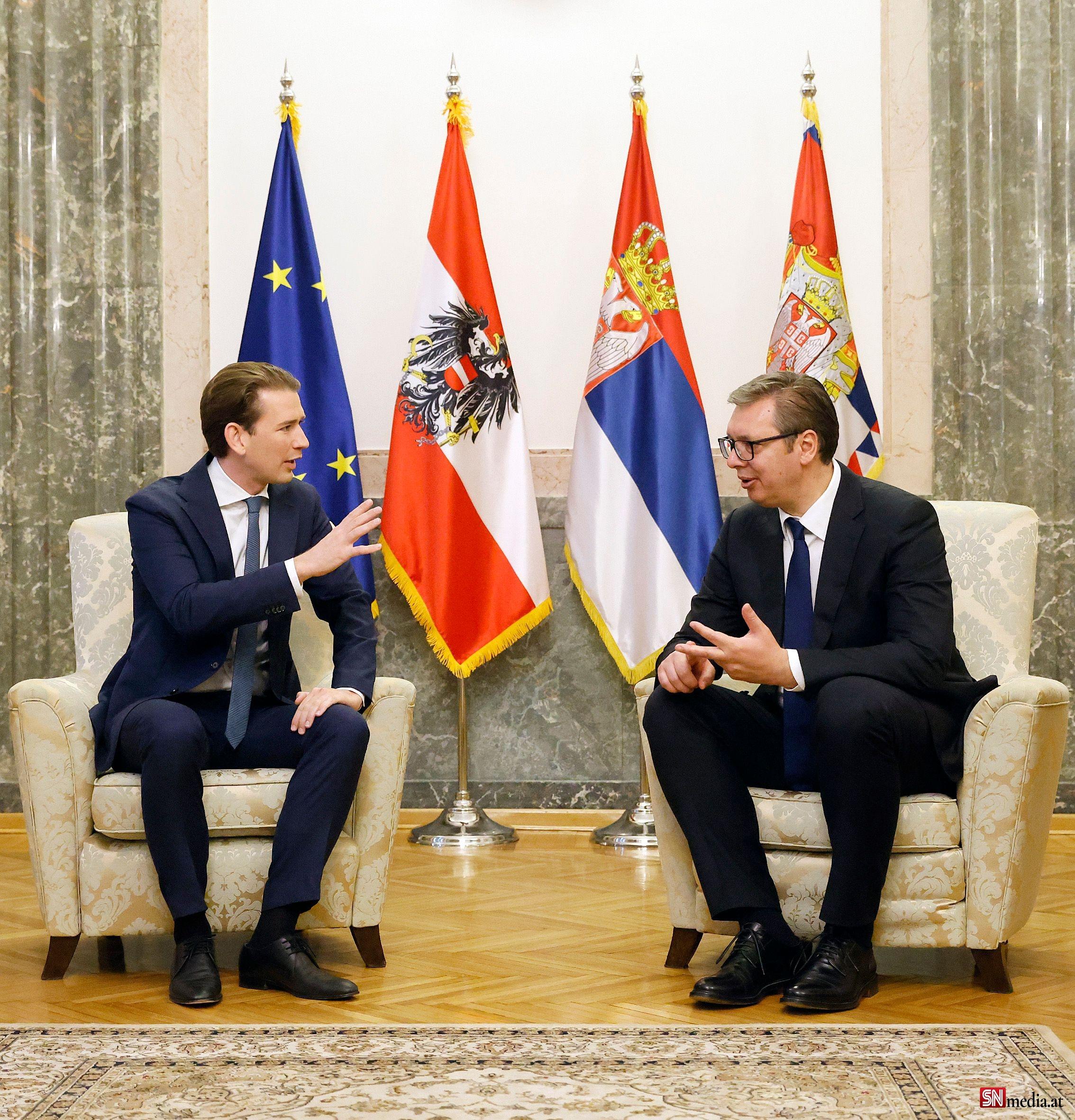 Avusturya ve Sırbistan, Afgan mültecilerin Avrupa'ya girişini durdurma konusunda hemfikir