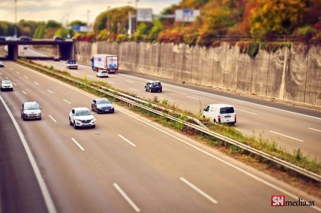 Avusturya'da trafik canavarlarına kötü haber: 5 bin avroya kadar para cezası kesilecek