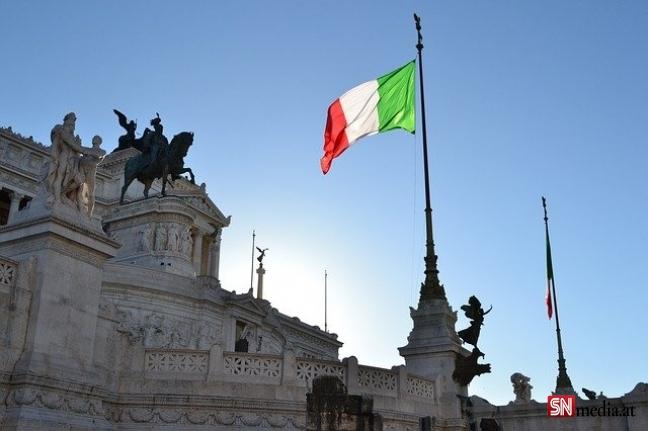 İtalya Başbakanı Draghi, AB'yi düzensiz göç konusunda eleştirdi