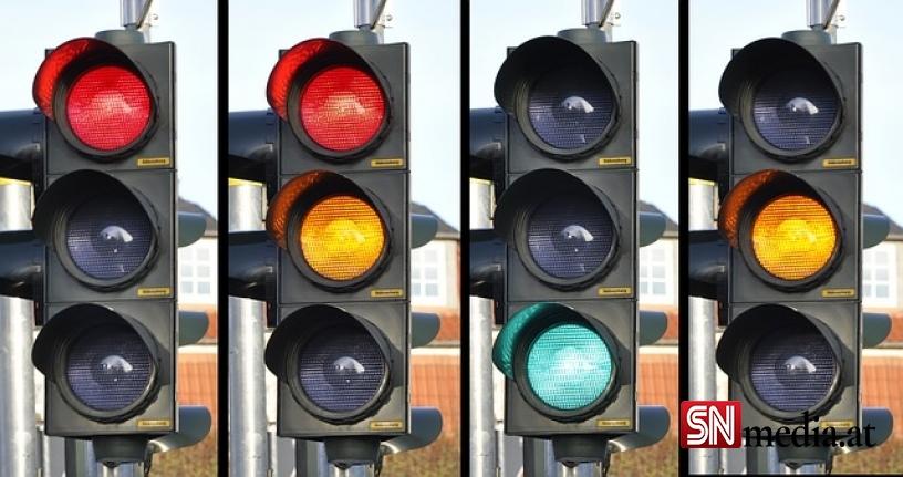 Korona trafik ışığı: Avusturya'nın 4 eyaleti turuncuya boyandı