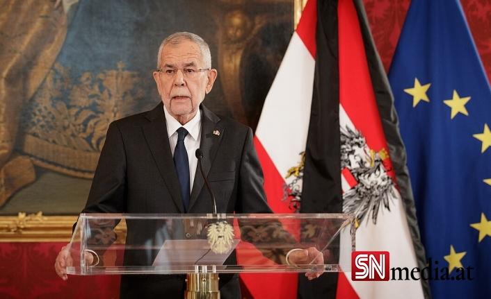 Avusturya Cumhurbaşkanı Van der Bellen'den ÖVP'ye uyarı misali yorum geldi