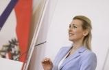 Aile Bakanı Aschbacher; Mağdur aileler için 30 milyon euro'luk yardım paketi!