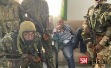 Gine'de askeri darbe: Devlet Başkanı Conde ev hapsinde