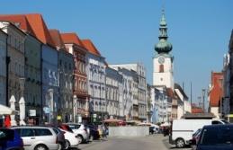 Oberösterreich'te Virüs nedeniyle eğitme ara...