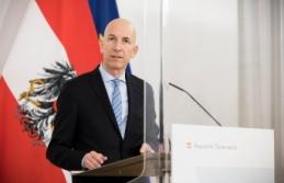 Avusturya Çalışma Bakanı talimatı verdi, eğer aşı olmazsanız paranız kesilebilir