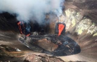 Lav bulutu 9 kilometreyi buldu: Krater gölü buharlaştı!
