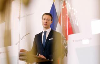 Blümel: İkinci belediye destek paketi kararlaştırıldı