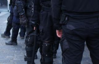 Polis Viyana'daki korona karşıtı gösterilerin...