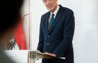 """Eğitim Bakanı Faßmann: Okullardaki testler """"mükemmel..."""