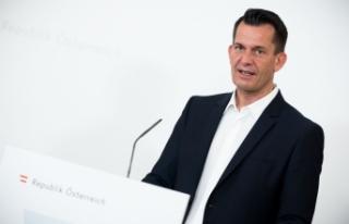 """Avusturya sağlık bakanı """"küçük bir dördüncü..."""