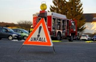 Linz'de korkunç kaza! Bir sürücü arabasıyla...