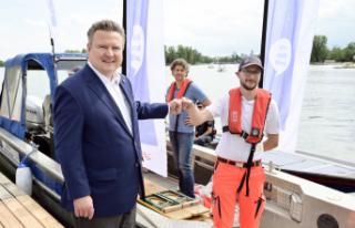 Viyana'da teknede aşı imkanı