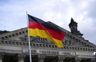 Almanya Federal İş Ajansı: Yılda 400 bin göçmene...