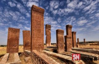 Anadolu'nun Orhun Abideleri: Ahlat Selçuklu...