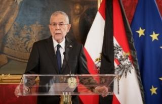 Avusturya Cumhurbaşkanı Van der Bellen'den aşı...