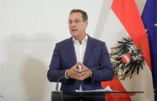 Avusturya'nın eski Başbakan Yardımcısı Strache...