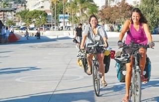 Bisikletle Viyana'dan Kuşadası'na yolculuk Filiz...