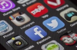 Sosyal medya platformları Taliban'la ilgili...