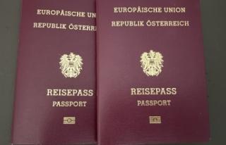 Viyana'da 24 Türk'ün Avusturya vatandaşlığı...