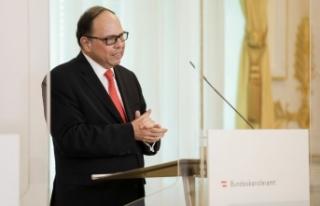 Viyana Tabipler Birliği Peter Hacker'in kısıtlama...