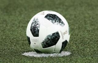 4 penaltı atılan Sevilla-Salzburg karşılaşması...