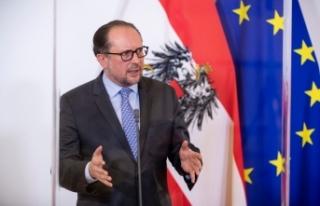 Avusturya Dışişleri Bakanı Schallenberg'in yerine...