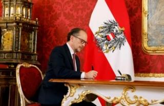 Putin, Avusturya Başbakanı Schallenberg'i devraldığı...