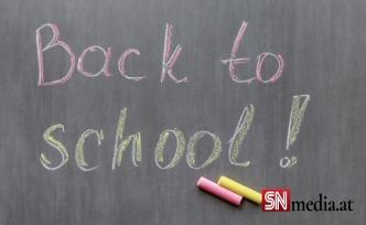 Avusturya'da ebeveynler okulların normale dönmesini istiyor