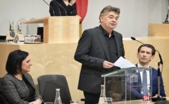 Avusturya hükümetinin düşmesi Yeşiller'e bağlı