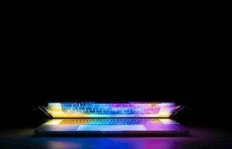 Avusturya okullarında laptop ve tablet teslimatı başladı