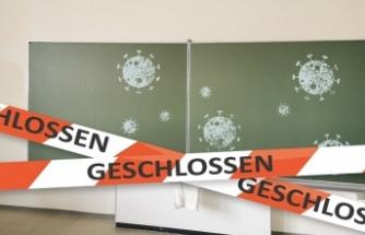 Avusturya'da bir ilkokul artan koronavirüs vakalarından dolayı kapatıldı