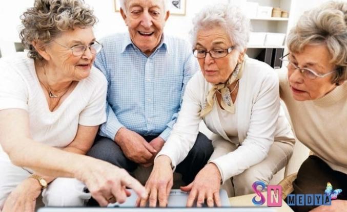 Yaşlılara yalnızca güvenilir haberler vermeli! İhmal etmeyin...