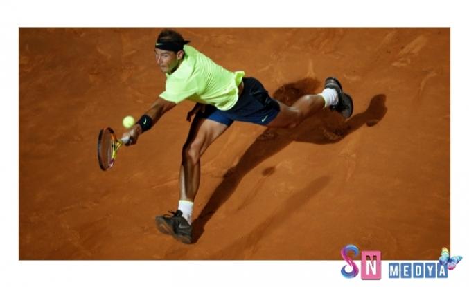 Djokovic ile Nadal zorlanmadı