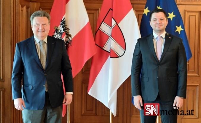 Viyana Belediye Başkanı Ludwig'e Fatih Toprak ziyareti
