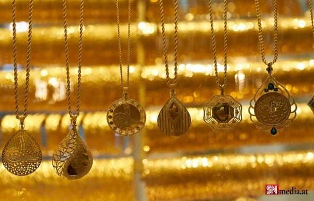 Ünlü kuyumcuda silahlı soygun: Yaklaşık 2 milyon avro değerindeki mücevher çalındı