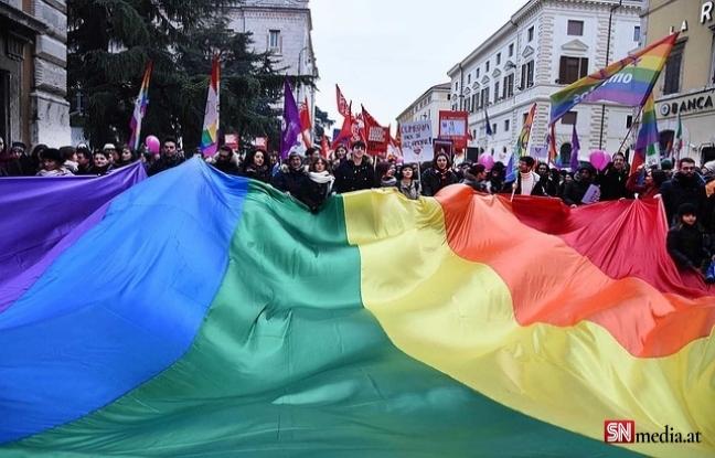 İsviçre eşcinsel evlilik konusunda referanduma gidiyor