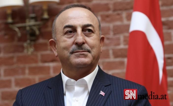 Dışişleri Bakanı Çavuşoğlu'ndan Fransa'ya sert sözler!