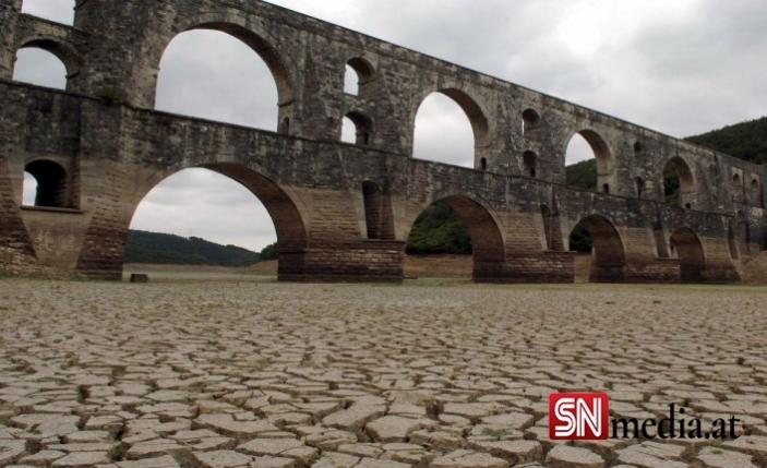 Türkiye'nin gölleri kuruyor: 'Göller çöl oldu'