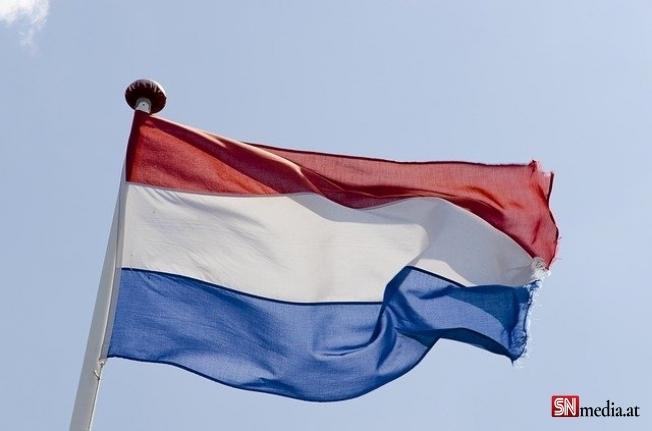 Hollanda parlamentosunda Afganistan depremi... İstifalar peş peşe geldi!